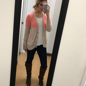 American Eagle Coral and Beige Cardigan